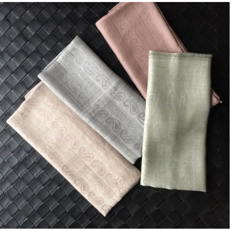 Pure Cashmere Scarves Beige Printed Women Fashional Winter Scarf
